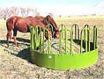 krmelce na seno pro koně, jesle na seno pro koně, síťky na seno, vaky na seno