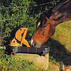 pastevní pumpy pro koně La Buvette Aquamatt