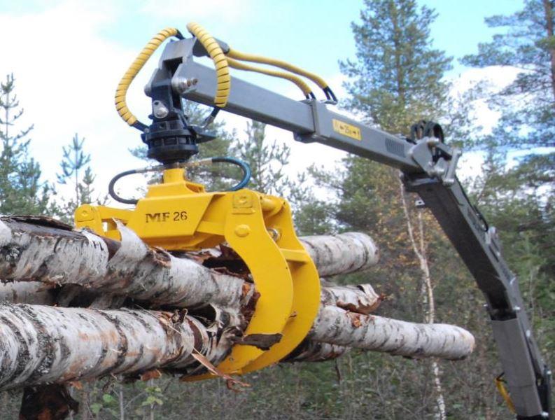 Lesní vyvážečka dřeva za traktor Multiforest MF950 s nakládacím ramenem V6300