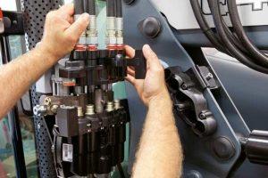 Unikátní systém propojení hydrauliky LSC: